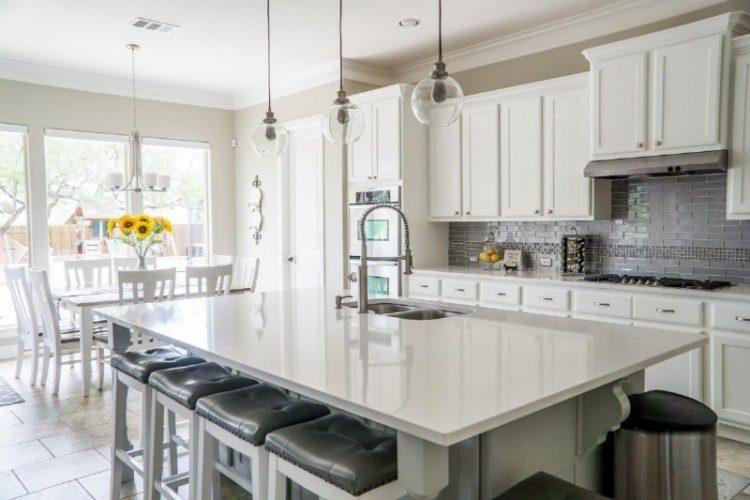 gambar kitchen set minimalis putih