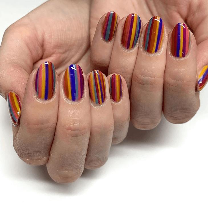 Nails design Rainbow Stripes